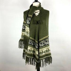 LP Sur Peruvian Green Tribal Alpaca Poncho